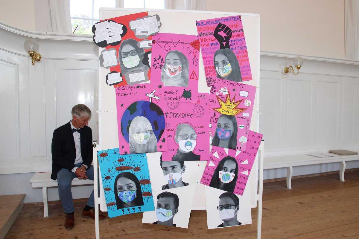 21 Realschüler erlangen die Mittlere Reife   Zinzendorfschulen ...